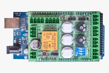Představení vlastního StepperShieldu pro Arduino